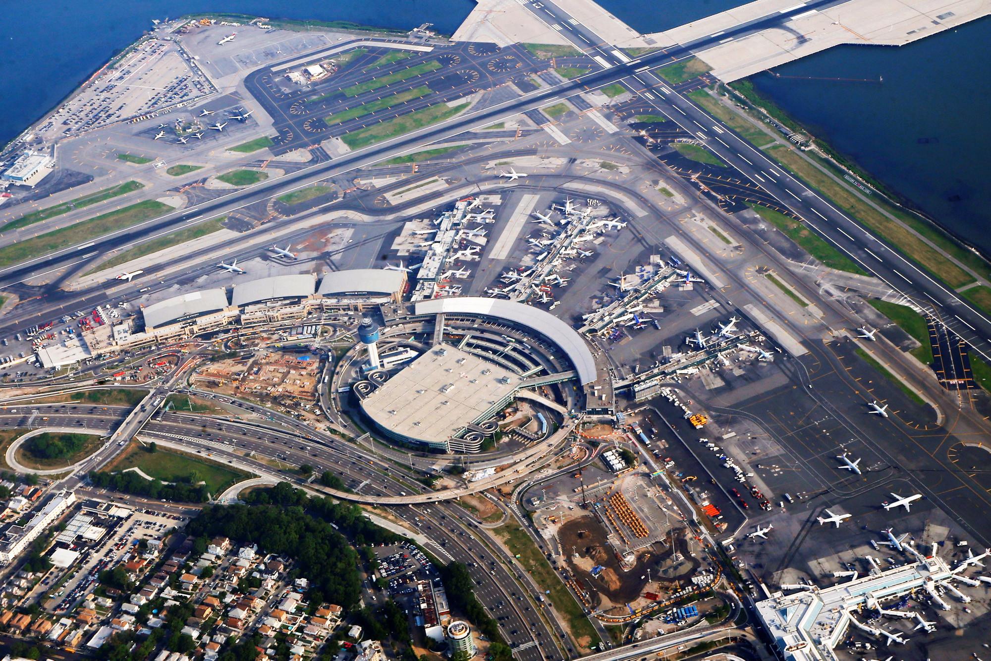 Consigna de equipaje en el aeropuerto de LaGaurdia NYC